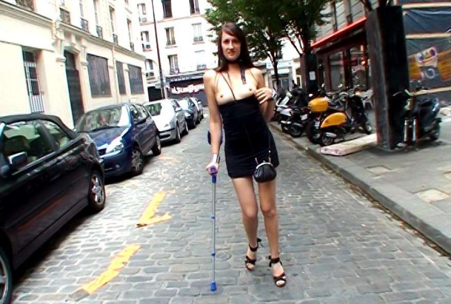 mon mari me filme avec son telephone pendant que vous me defoncez le cul