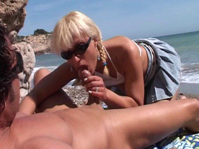 sexe à la mer avec une salope infidèle