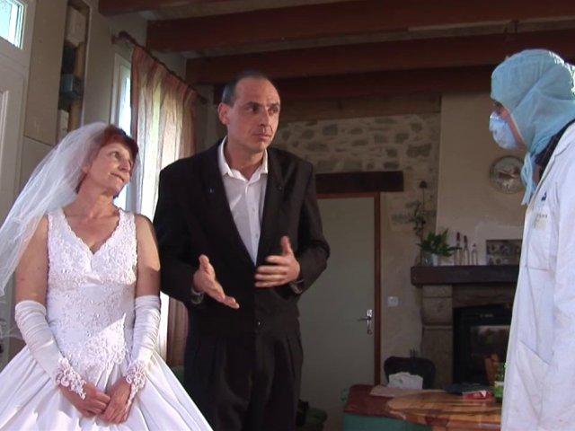 femme juste mariée defoncée lor de sa nuit de noce!