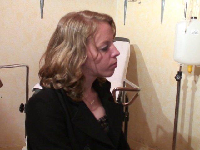 ta femme se fait baiser par son gynecologue